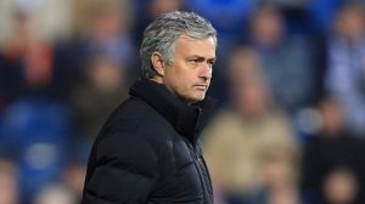 Frustrated Mourinho laments City defeat
