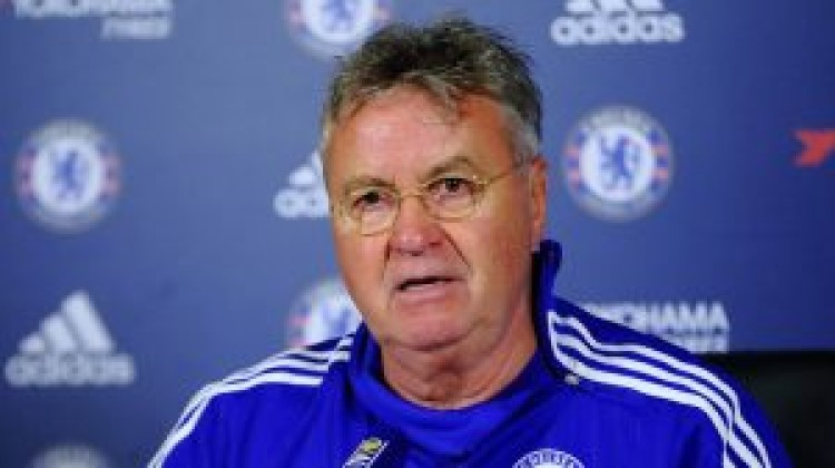 Chelsea's 'ambition' delights boss Guus Hiddink after Old Trafford stalemate