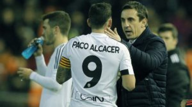 Gary Neville replaces Dani Parejo with Paco Alcacer as Valencia captain