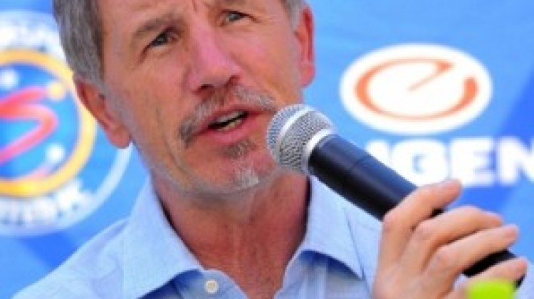 SuperSport United coach Stuart Baxter on links to players at form club Chiefs