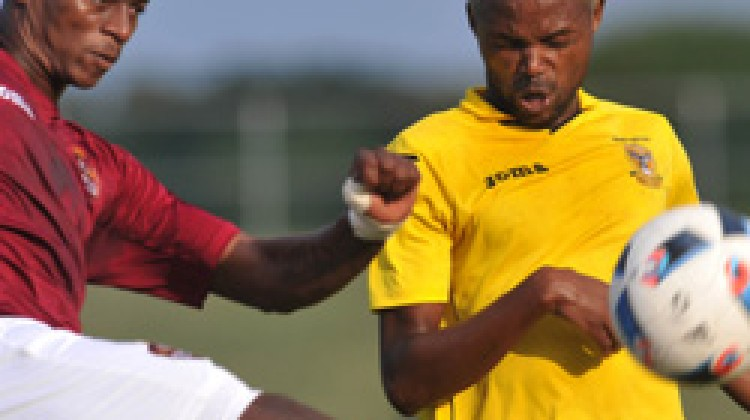 Thanda rally for late point