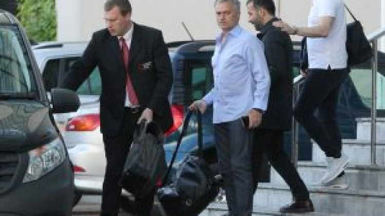New Manchester United boss Jose Mourinho has arrived in Manchester