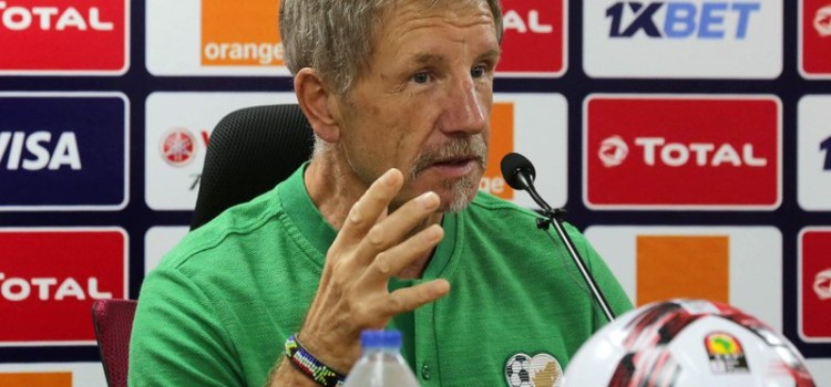 Baxter blast fans and Journalist for being Negative