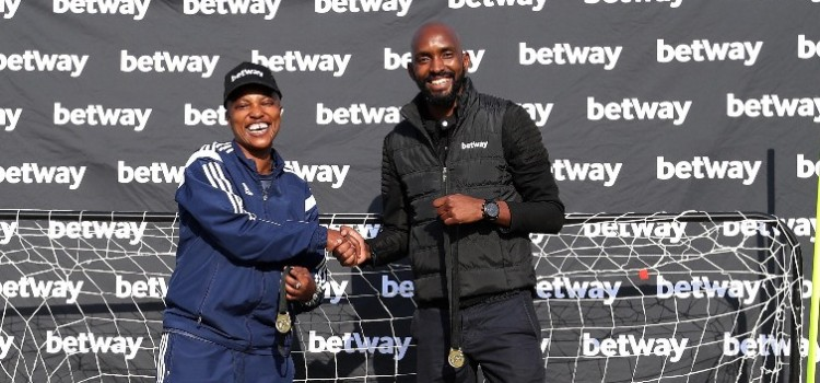 Betway aids Cullinan Women's FC with R120 000 sporting equipment and apparel