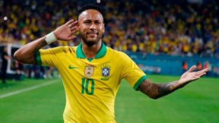 Brazil cruise to opening victories whipping all  5-0 Bolivia