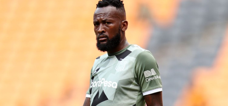 Makola extend his stay  with Capetown City